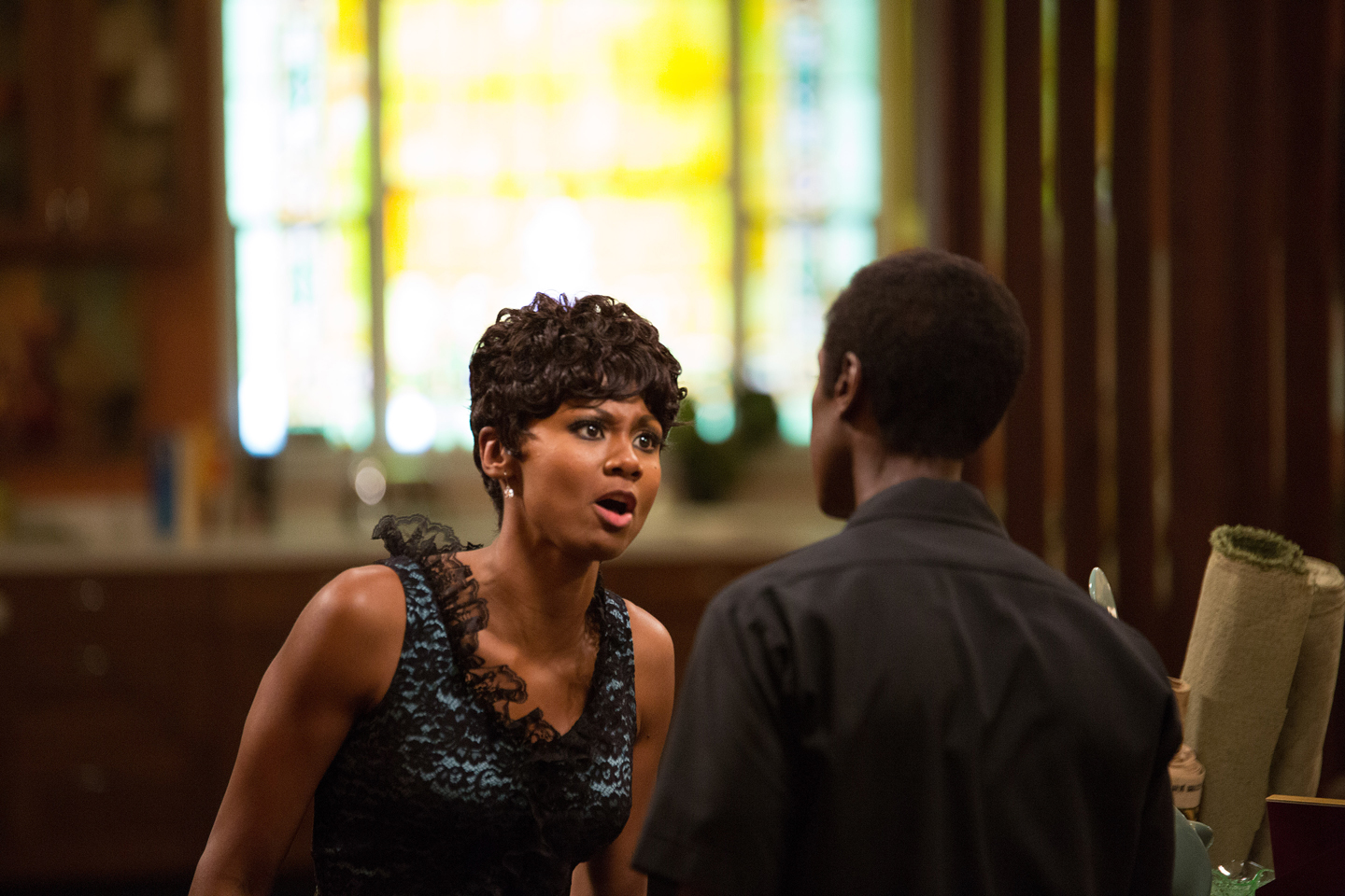 Left to right: Emayatzy Corinealdi as Frances Taylor and Don Cheadle as Miles Davis