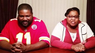 Nicole Paris and father beatbox battle
