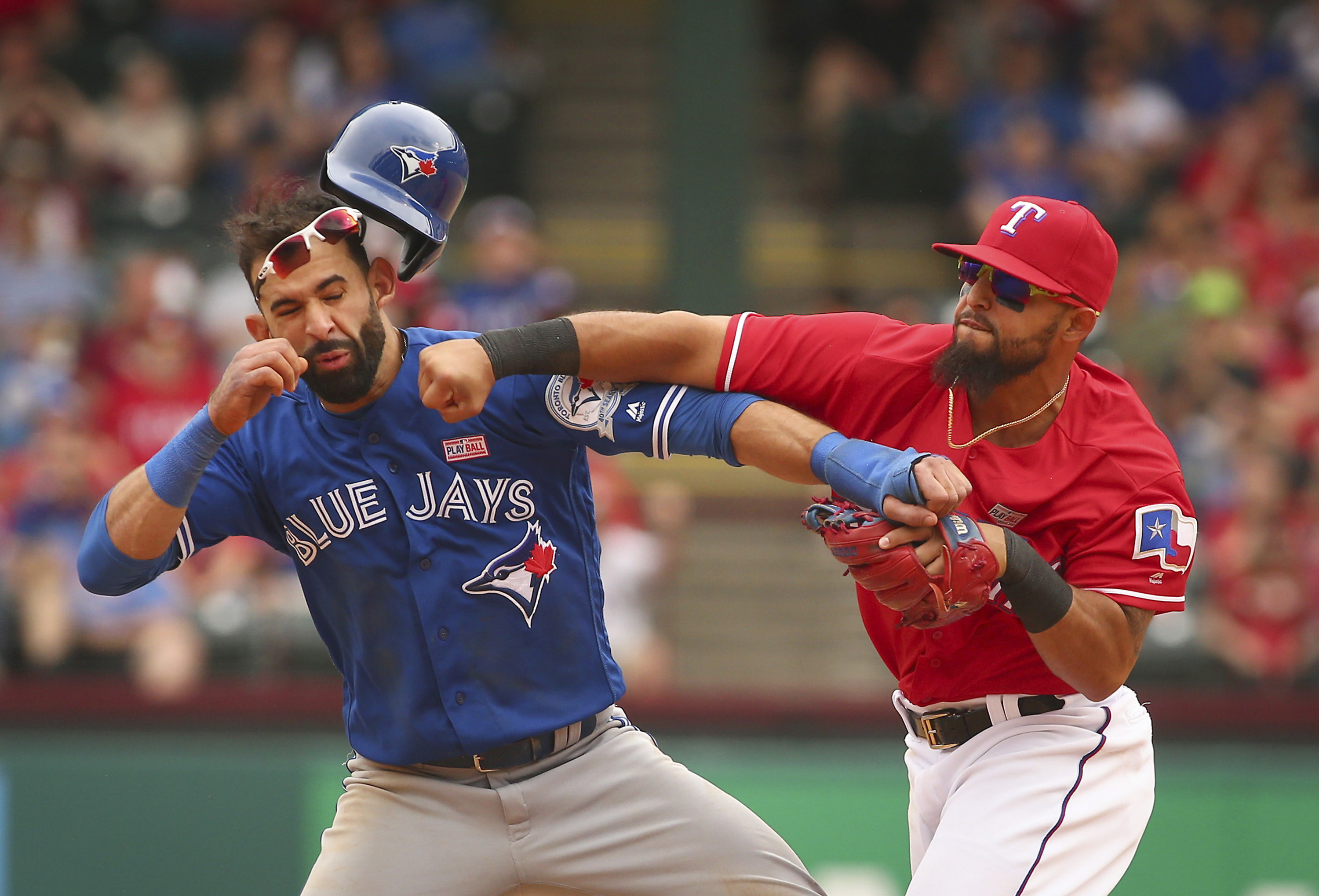 Rangers beat Blue Jays 7-6