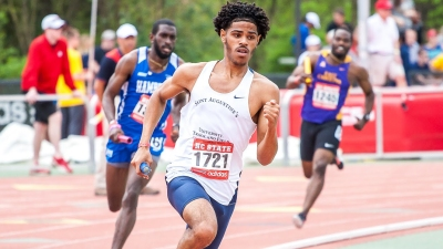 Shaquille Dill at Penn Relays this season.