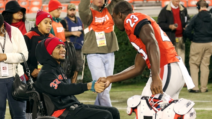 Devon Gales, Shakenneth Williams