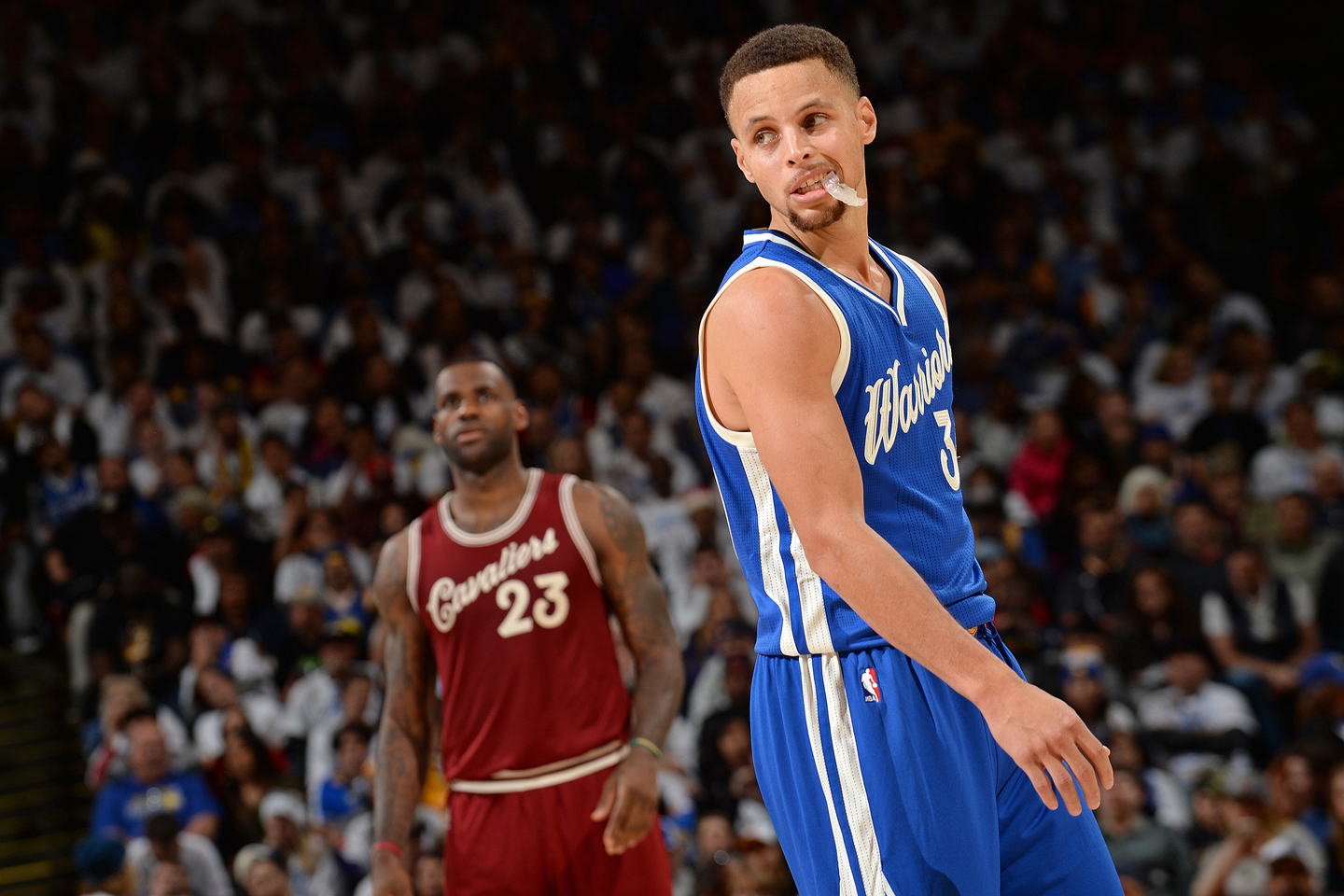 hot sale online 6b023 4480b Is LeBron James obsessed with Steph Curry?