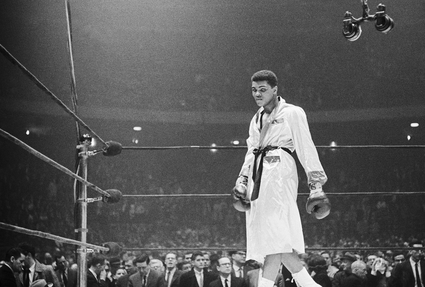 the life and fight of muhammad ali the undefeated