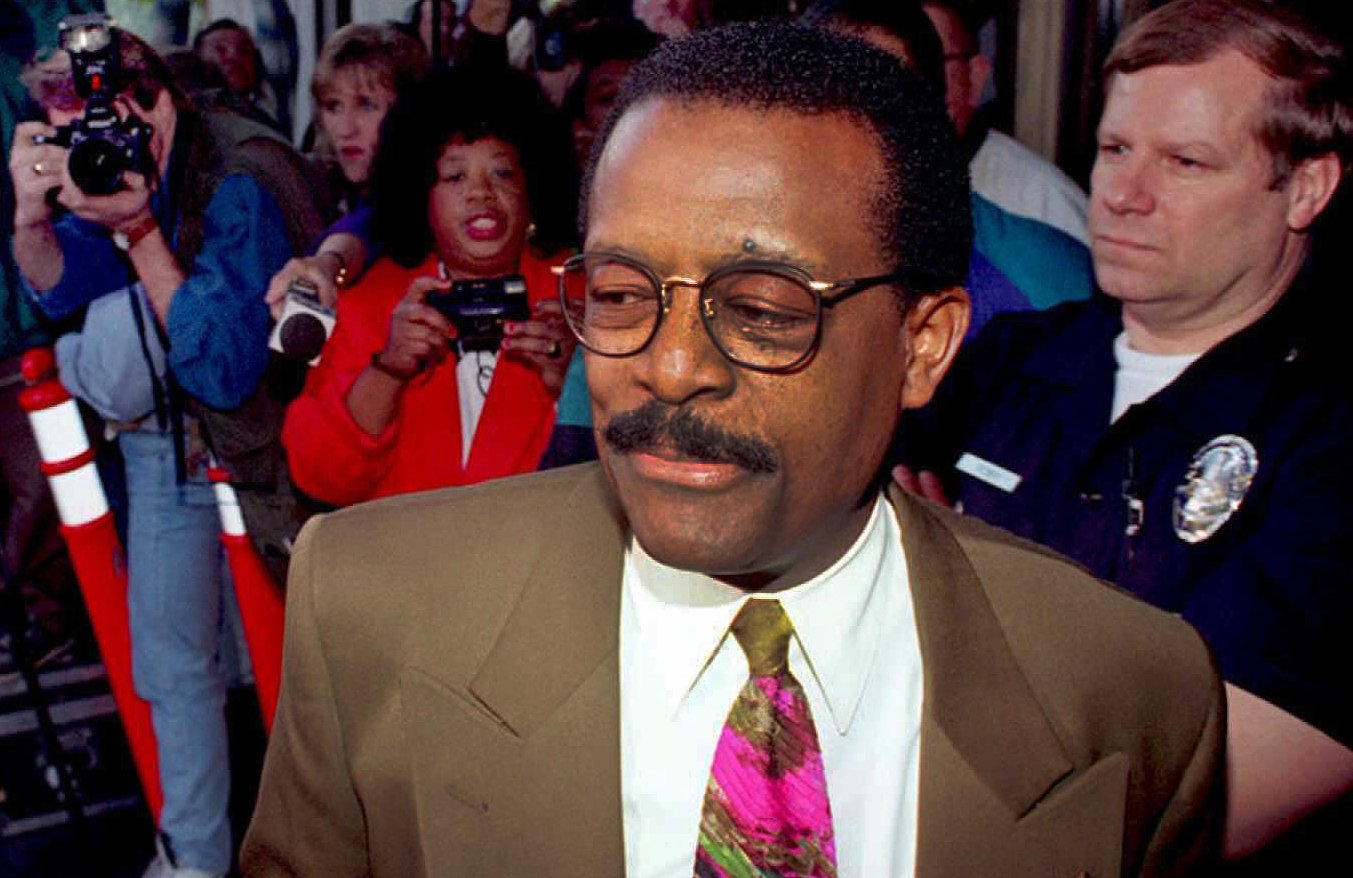 O.J. Simpson's lead defense attorney Johnnie Cochr