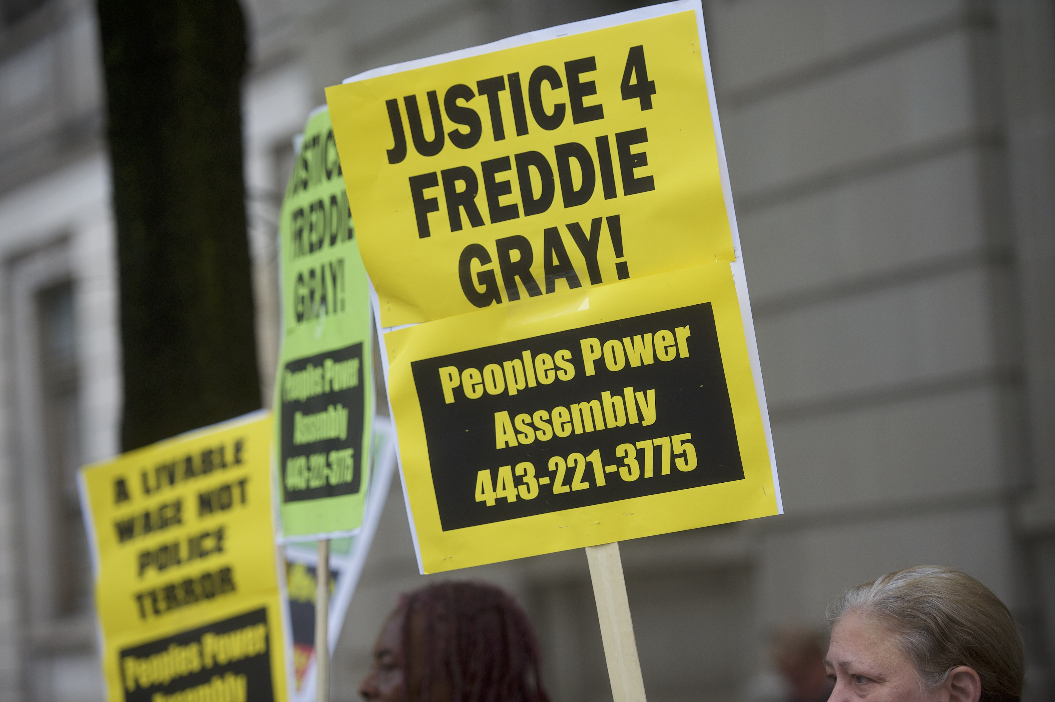 Trial for Officer Edward Nero, Involved in Freddie Gray's Arrest, Starts in Baltimore