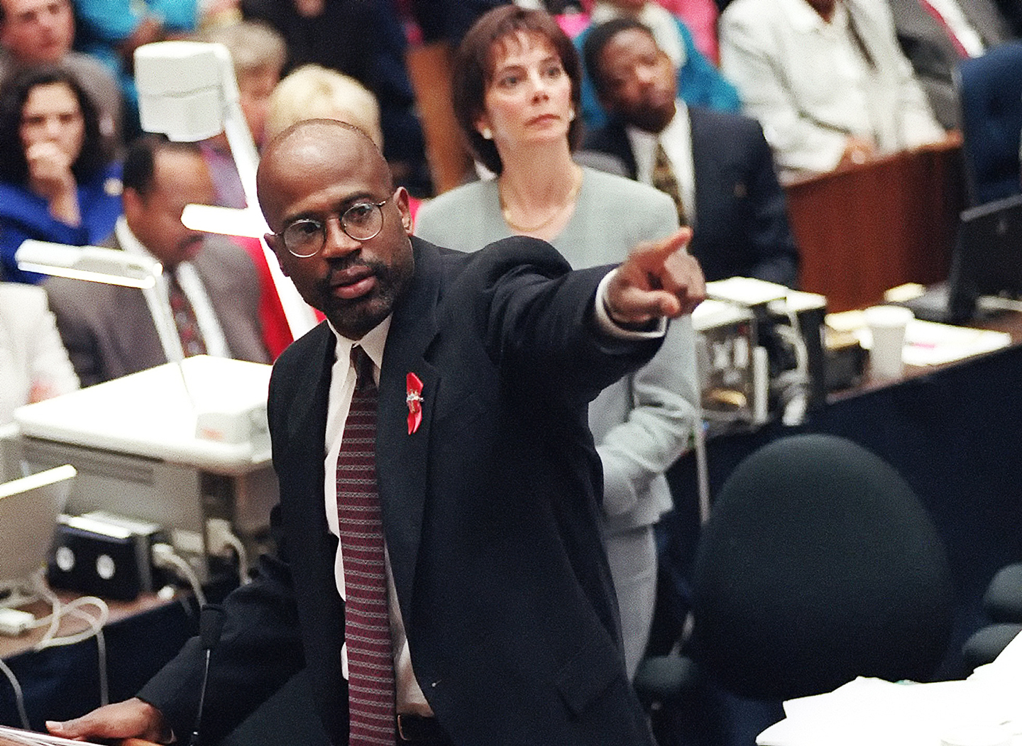 Prosecutor Christopher Darden points at a chart during his closing arguments as Marcia Clark looks on, Friday, Sept. 29, 1995, in a Los Angeles courtroom during the O.J. Simpson double-murder trial.