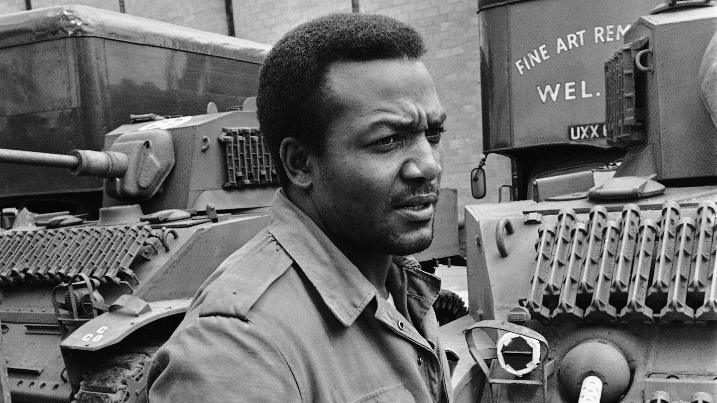 Jim Brown Retires While On The Set Of 'The Dirty Dozen