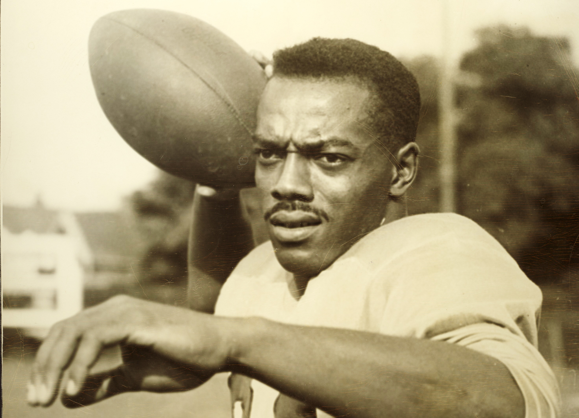 Bernie Custus, quarterback for the Hamilton Tiger-Cats