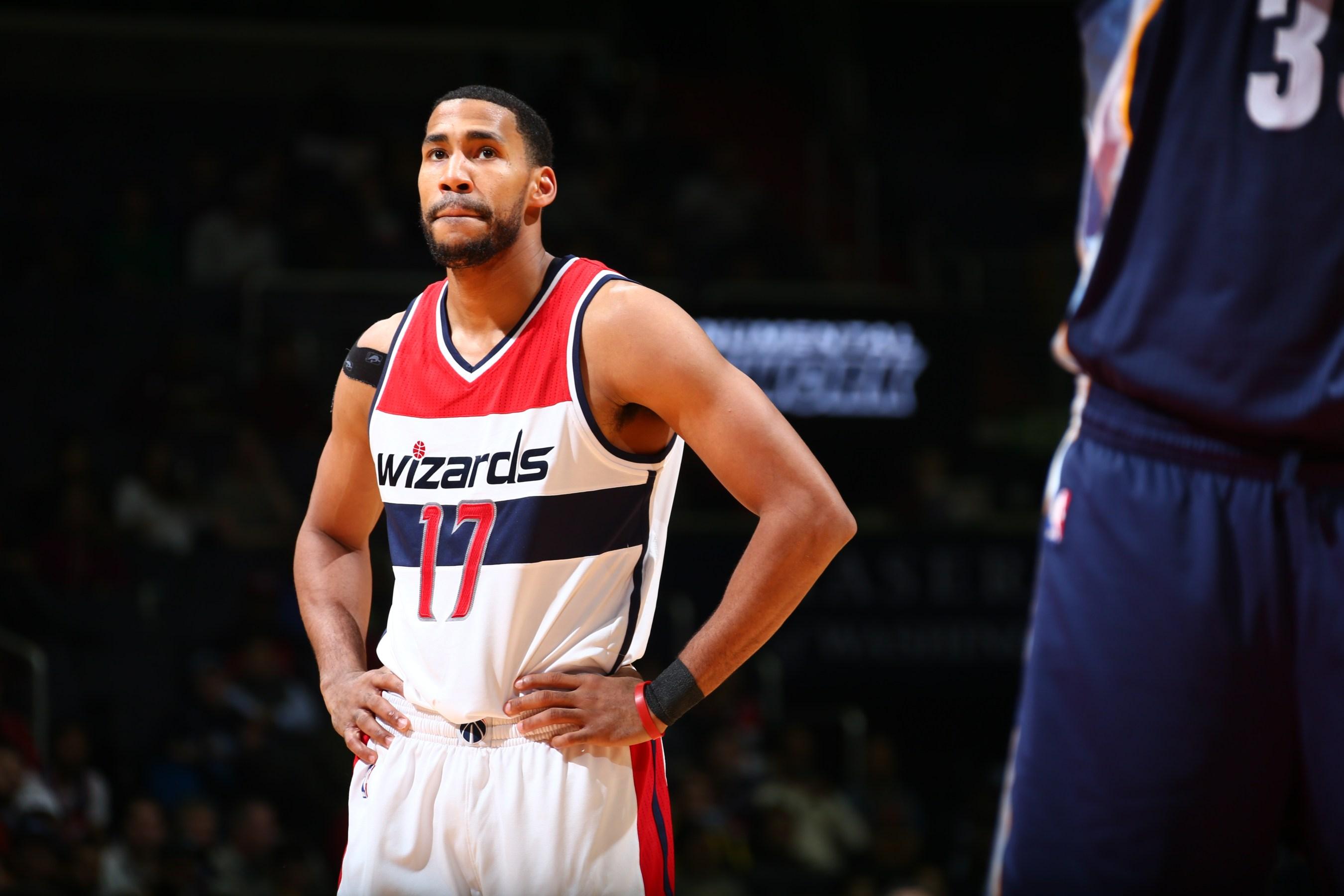 NBA s Garrett Temple goes home to Baton Rouge to try to help fad1f9dfa
