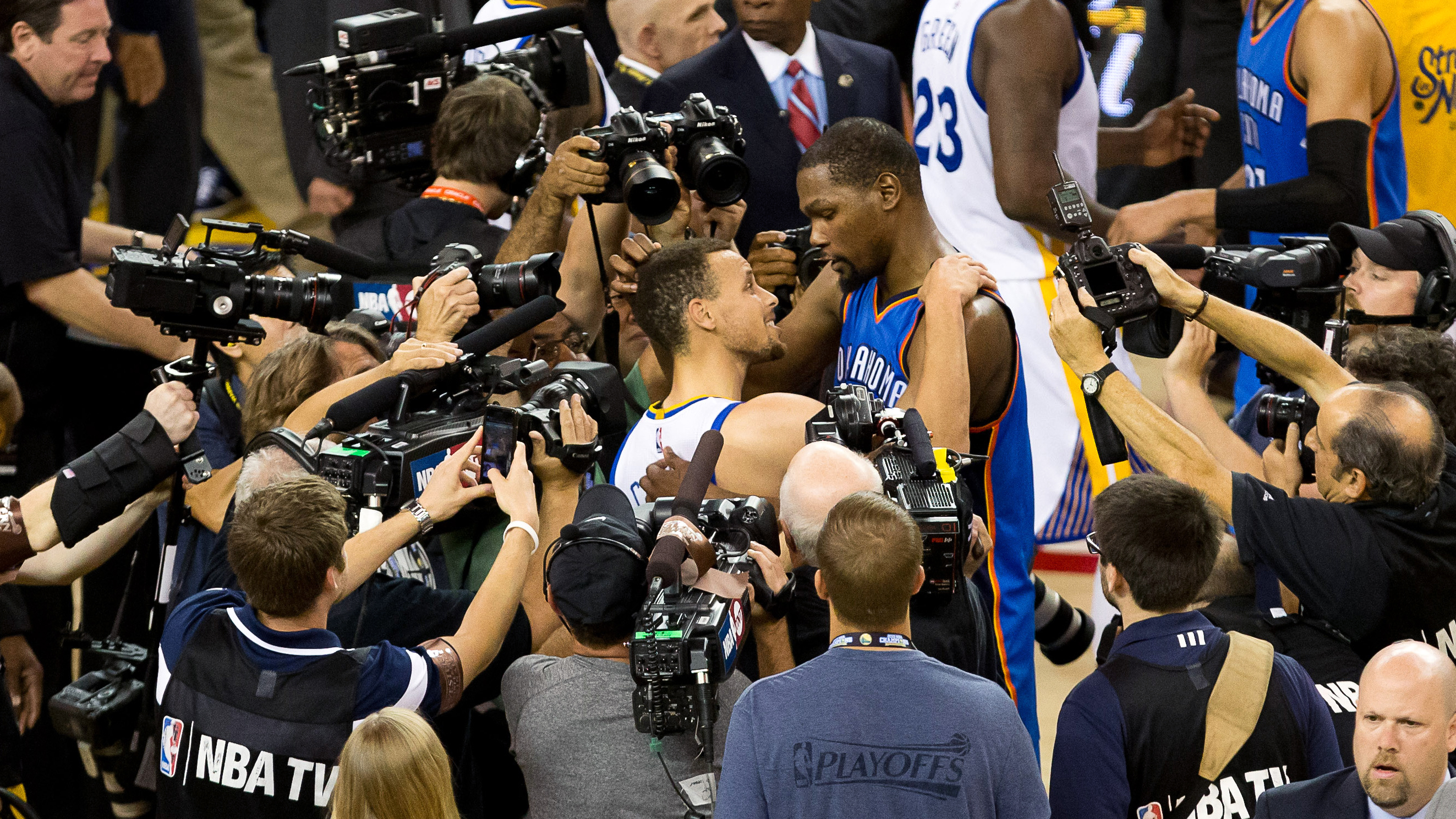 f90b657e5a4 'Strength In Numbers' convinced Kevin Durant to join Warriors