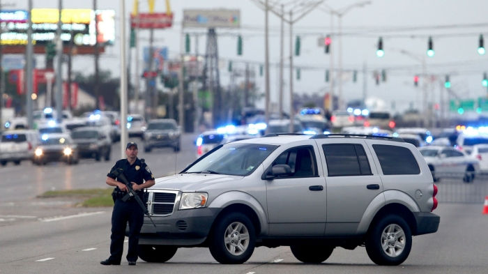 officers shot in baton rouge