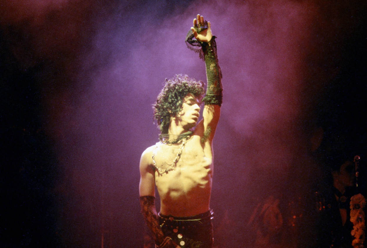 Prince performs at the Fabulous Forum Feb. 19, 1985, in Inglewood, California. Photo by Michael Ochs Archives/Getty Images.