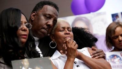 *** BESTPIX *** Vigil Held For Dwyane Wade Cousin Killed In Chicago Shooting