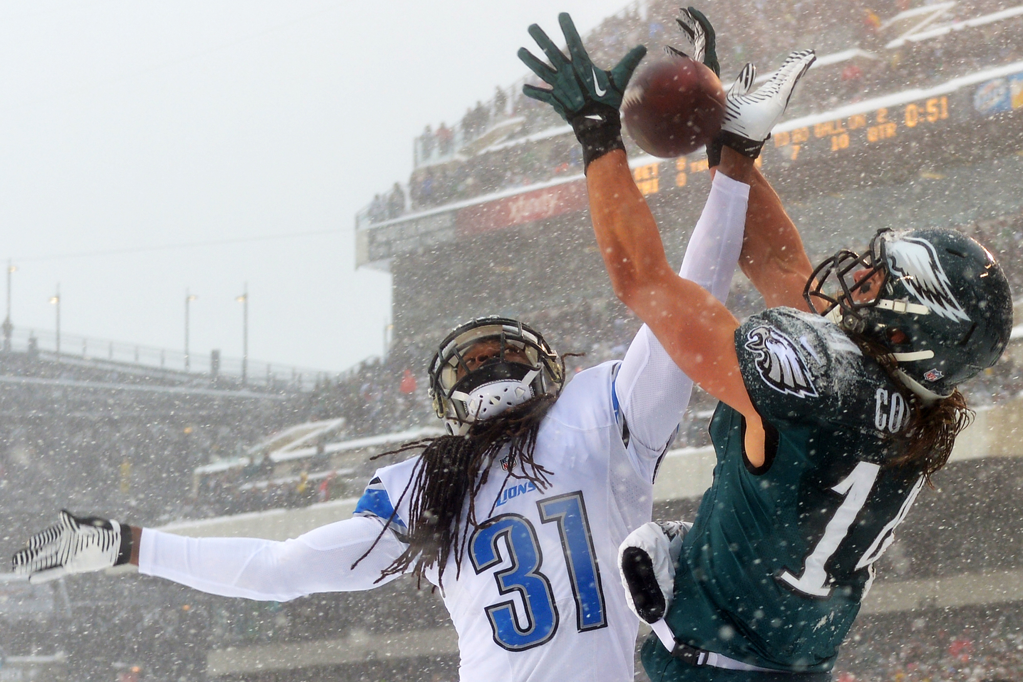 Rashean Mathis #31 of the Detroit Lions breaks up a pass intended for Riley Cooper #14 of the Philadelphia Eagles at Lincoln Financial Field on December 8, 2013 in Philadelphia, Pennsylvania.