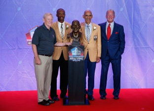 NFL Hall of Fame Enshrinement