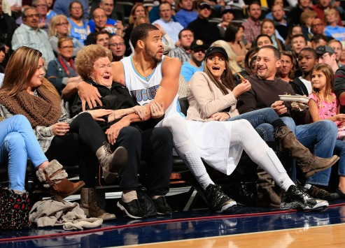 14aba19406df Derrick Rose and friends found not liable in gang rape case