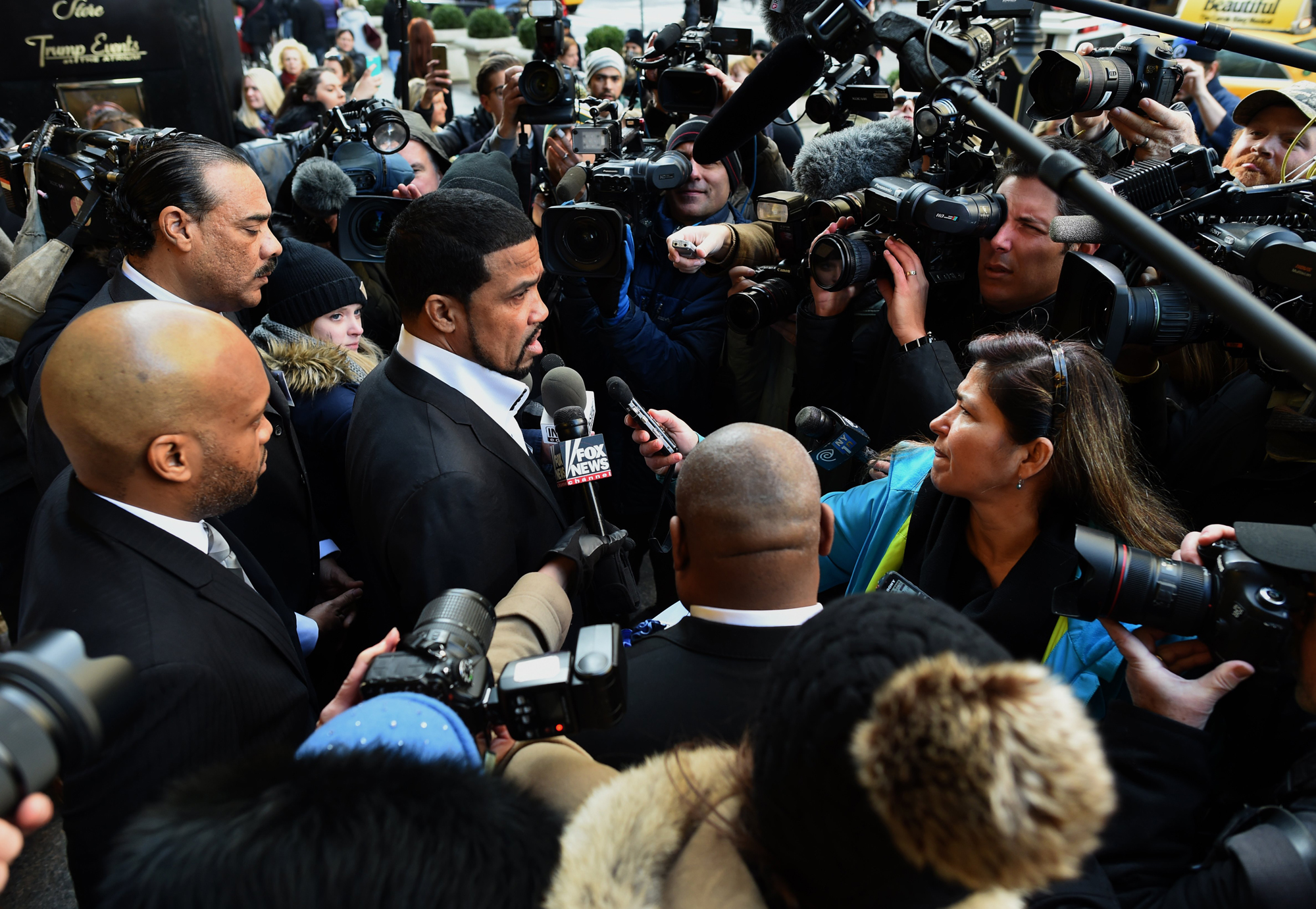 Dr. Darrell Scott arrives for a meeting at Trump Tower for a meeting with Republican hopeful Donald Trump in New York on November 30 ,2015. Donald Trump on November 29, 2015 abruptly scrapped a news conference designed to showcase his support from black religious leaders, as African-American pastors lined up to deny they were willing to endorse the Republican frontrunner.