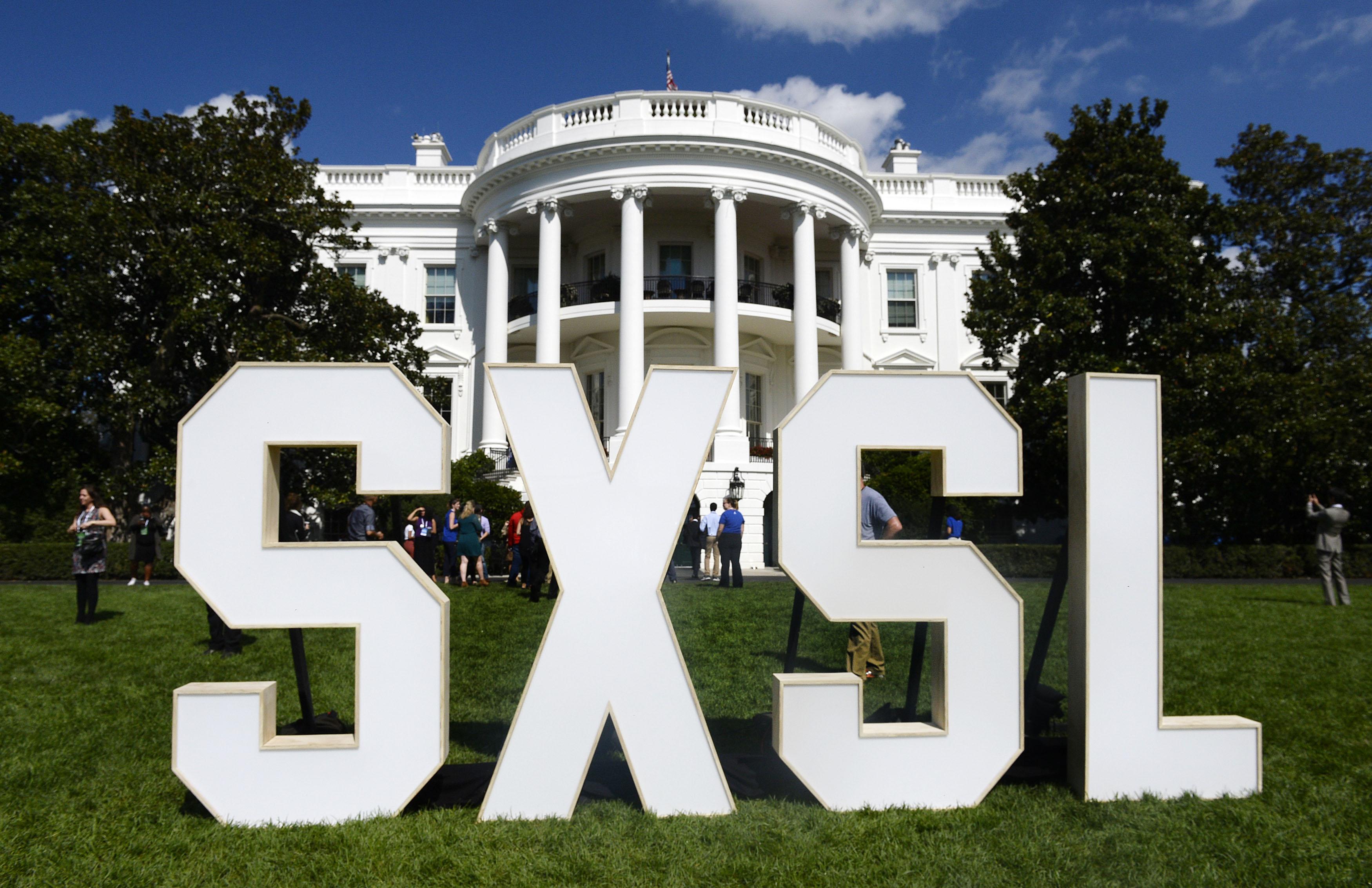 US-ENTERTAINMENT-SXSL