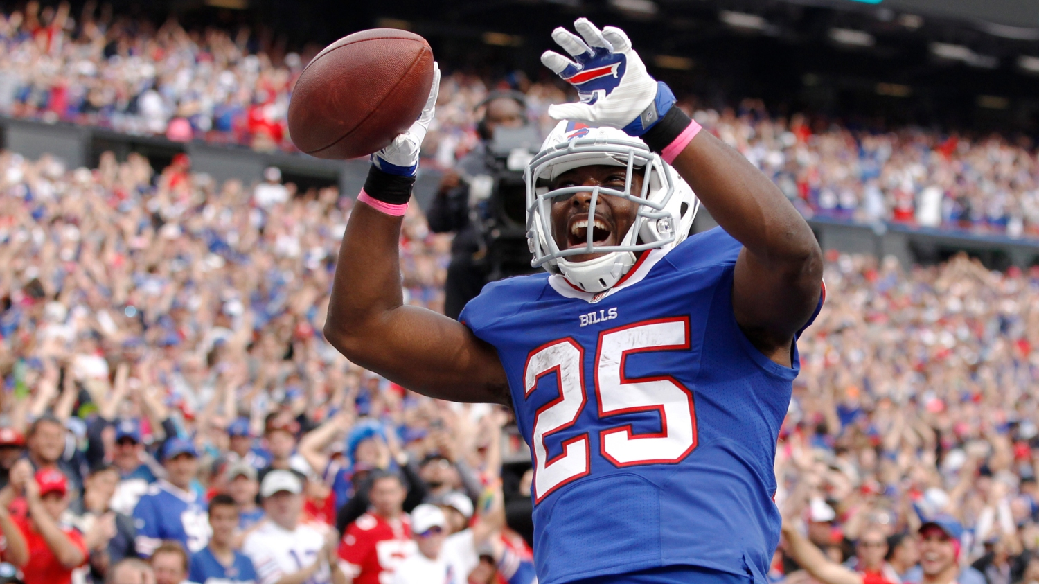 abcb6c3f2f3 The real LeSean McCoy is worried about making plays, not his hamstring