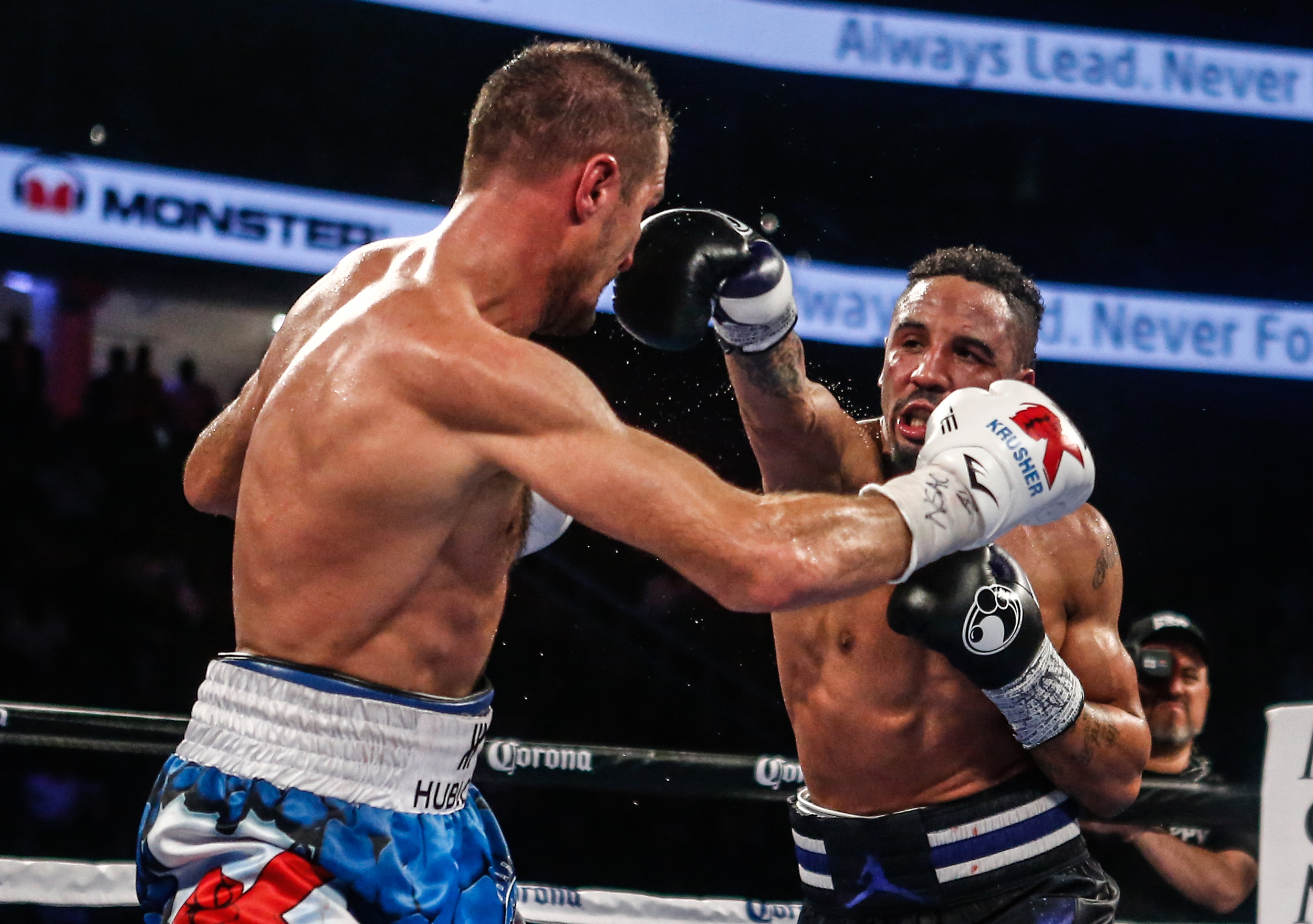 Light Heavyweight boxers Andre Ward( black trunks) and Sergey Kovalev(blue trunks) fights for the WBA/WBO/IBF world light heavyweight championship in a twelve-round bout on November 19th at the T-Mobile Arena in Las Vegas.