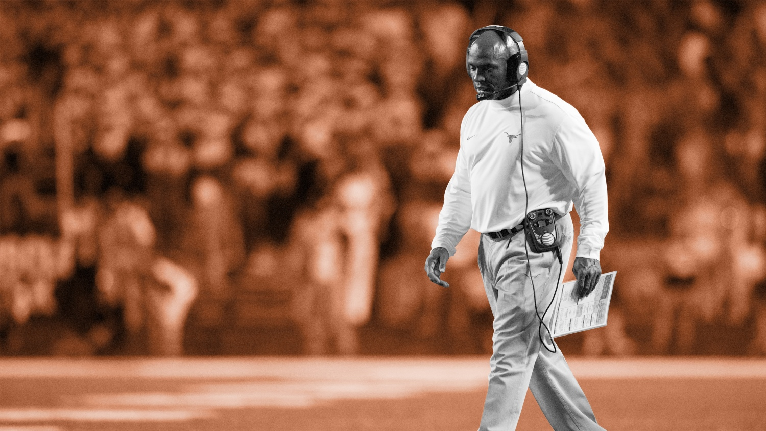 ea744037 Charlie Strong's last stand