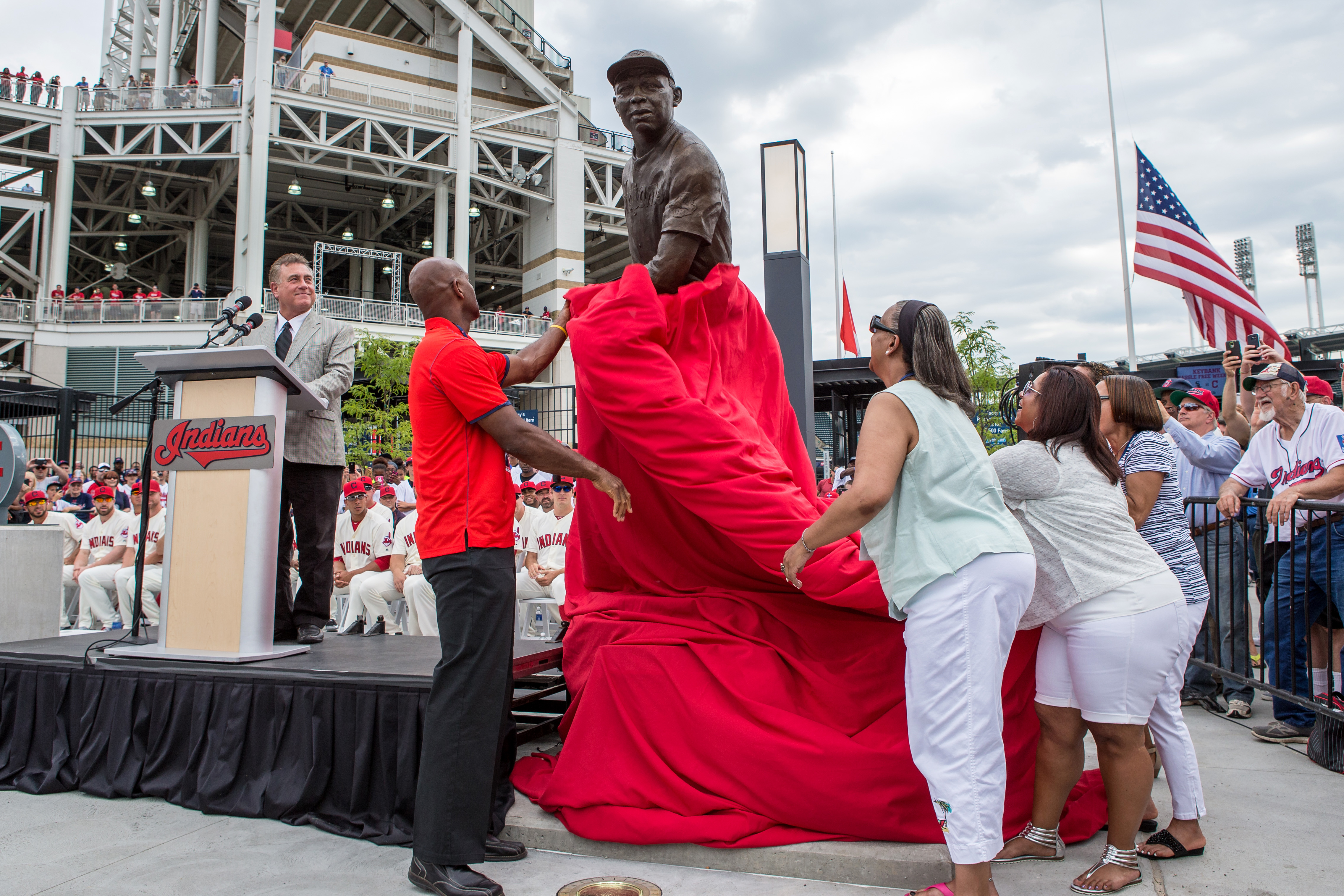 The family of Larry Doby unveil a statue of Larry Doby, the man who broke the American League color barrier, prior to the game between the Chicago White Sox and Cleveland Indians at Progressive Field in Cleveland, OH.