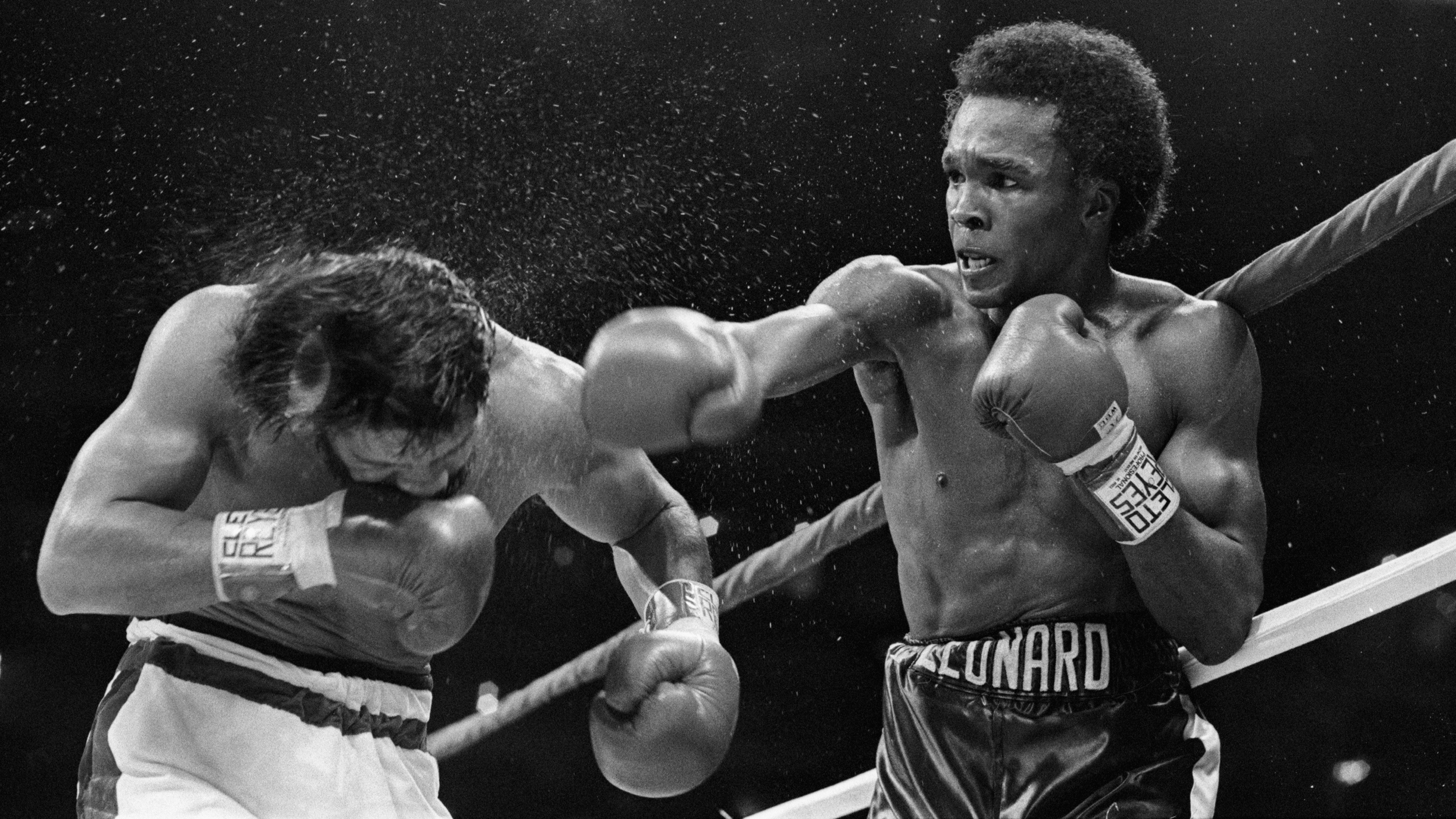 5e1704f5b7f0 Sugar Ray Leonard vs. Roberto Duran II