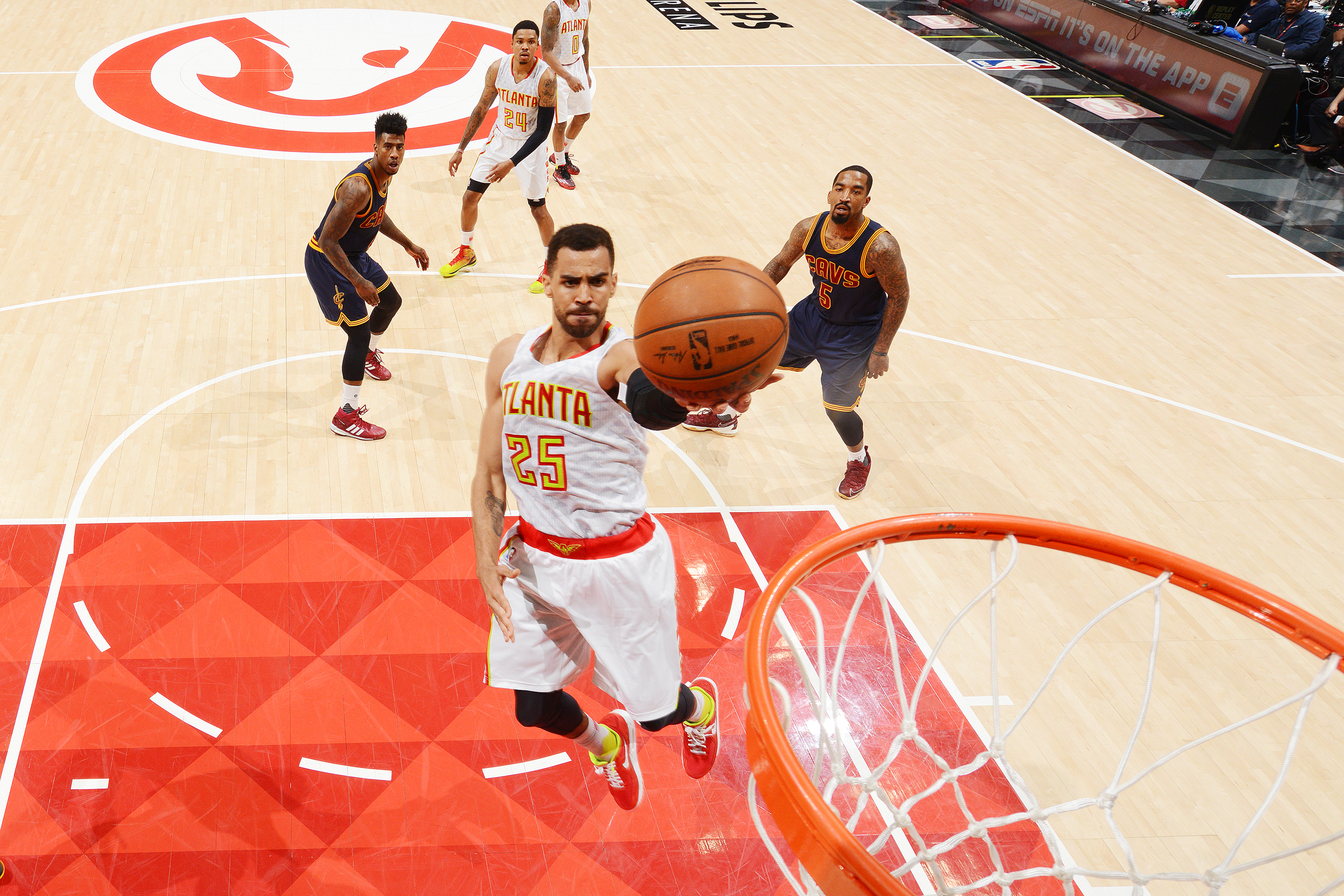 Thabo Sefolosha #25 of the Atlanta Hawks goes up for the layup against the Cleveland Cavaliers during the Eastern Conference Semifinals Game Four on May 8, 2016 at The Philips Arena in Atlanta Georgia.