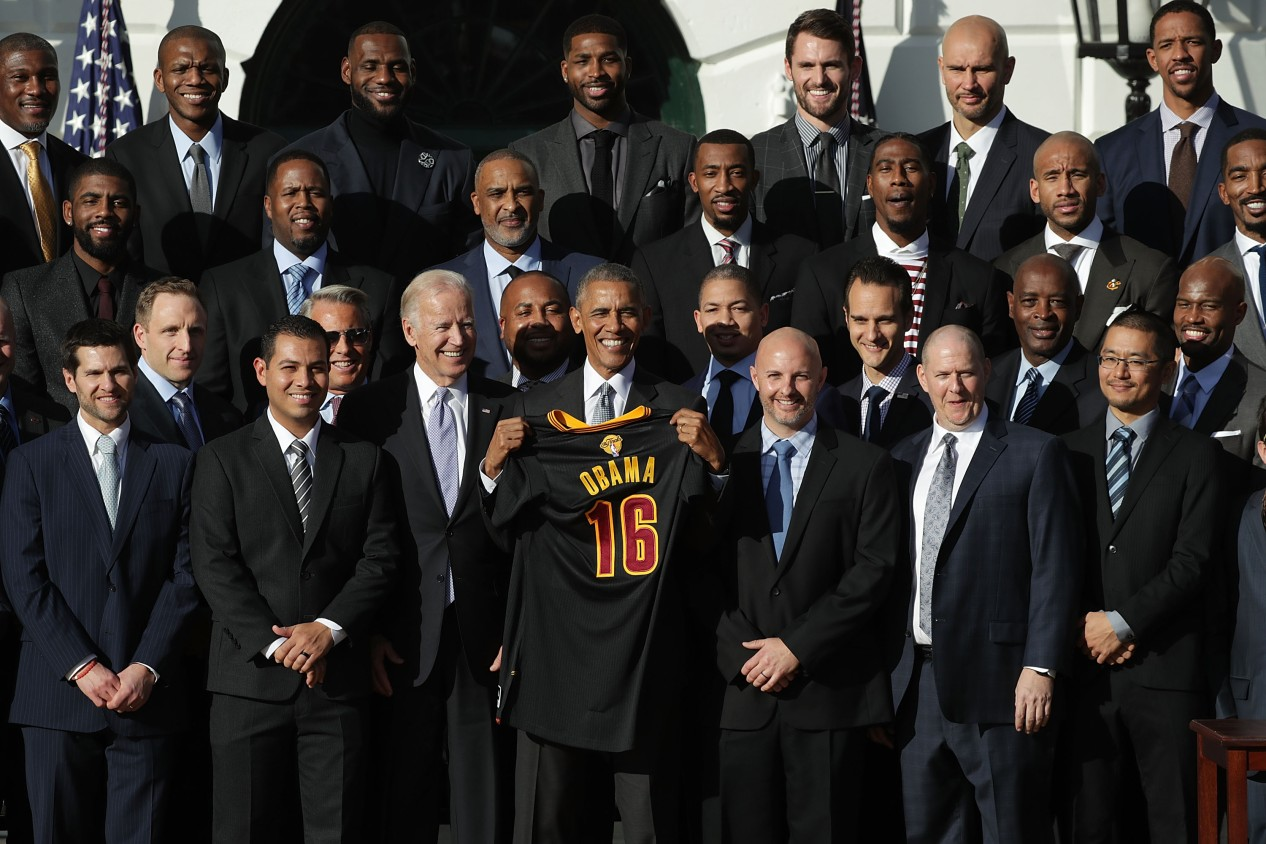264b77d3747d President Obama Hosts NBA Champion Cleveland Cavaliers At The White House