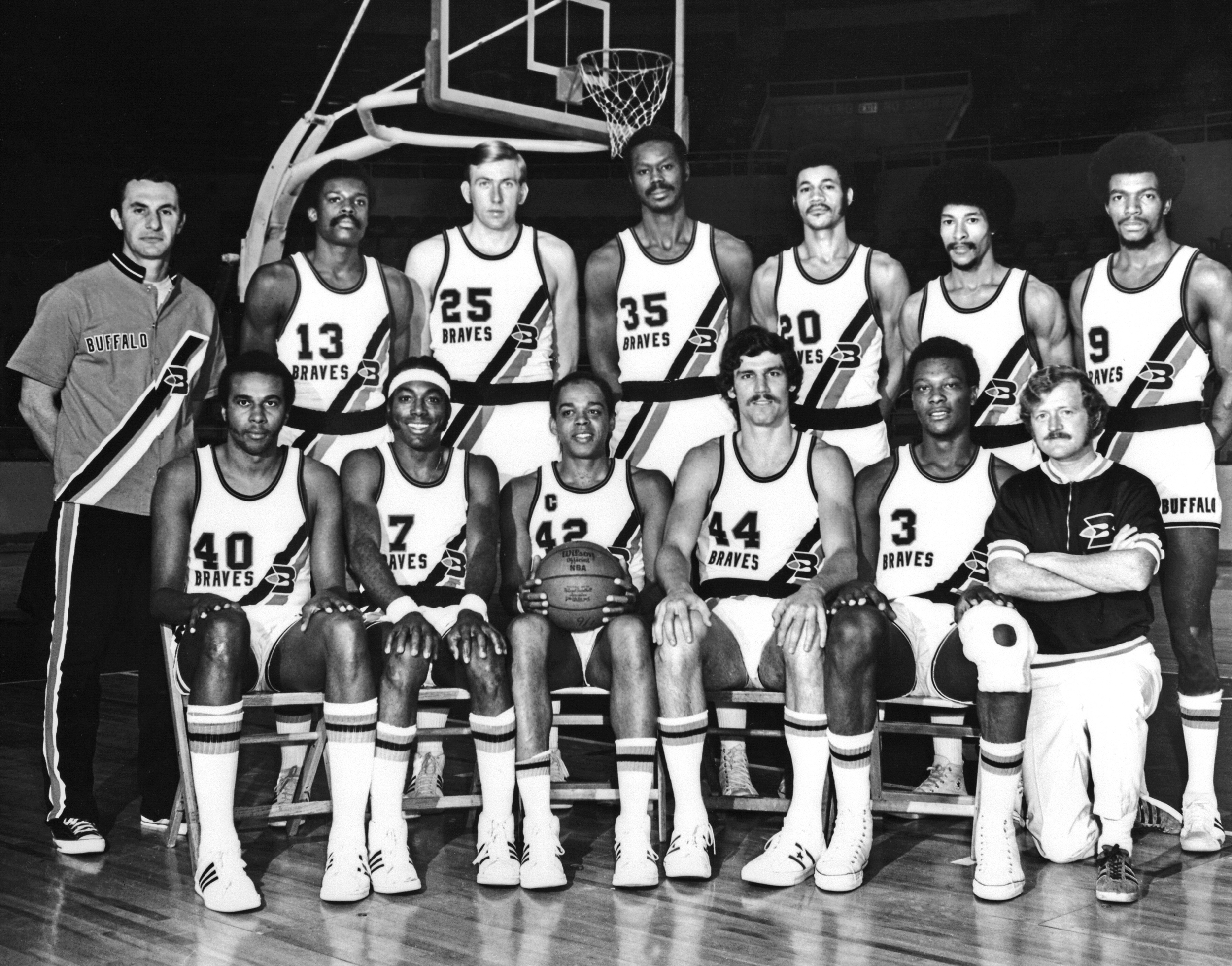 Mahdi Abdul-Rahman wears #42 during a team photo with the Buffalo Braves.