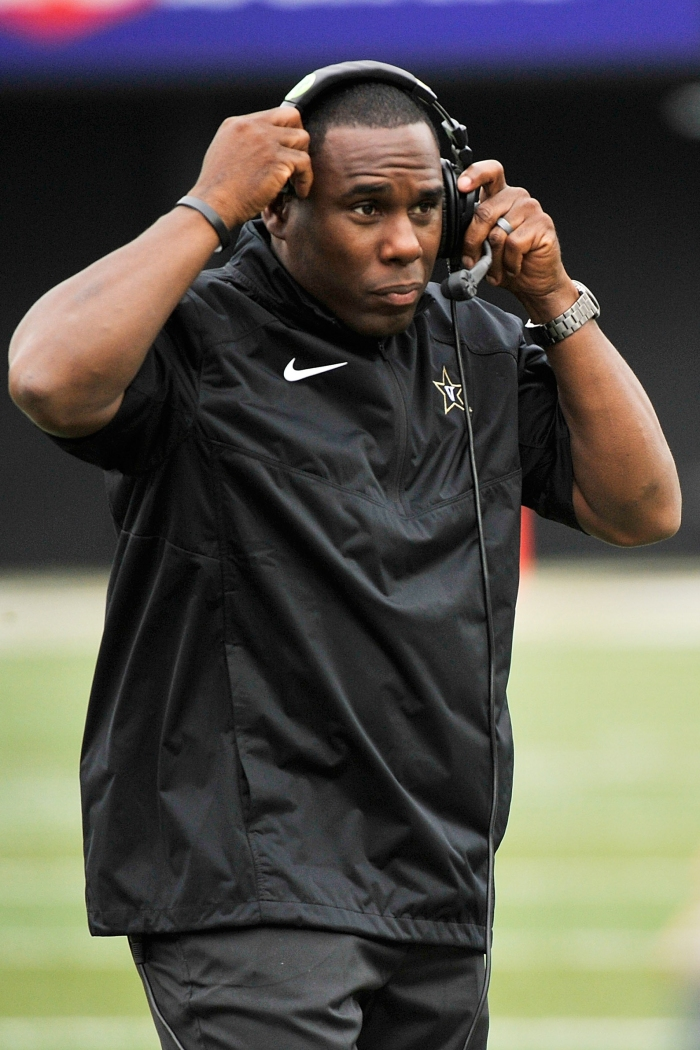 Head coach Derek Mason of the Vanderbilt Commodores coaches against the University of Massachusetts Minutemen at Vanderbilt Stadium on September 13, 2014 in Nashville, Tennessee.