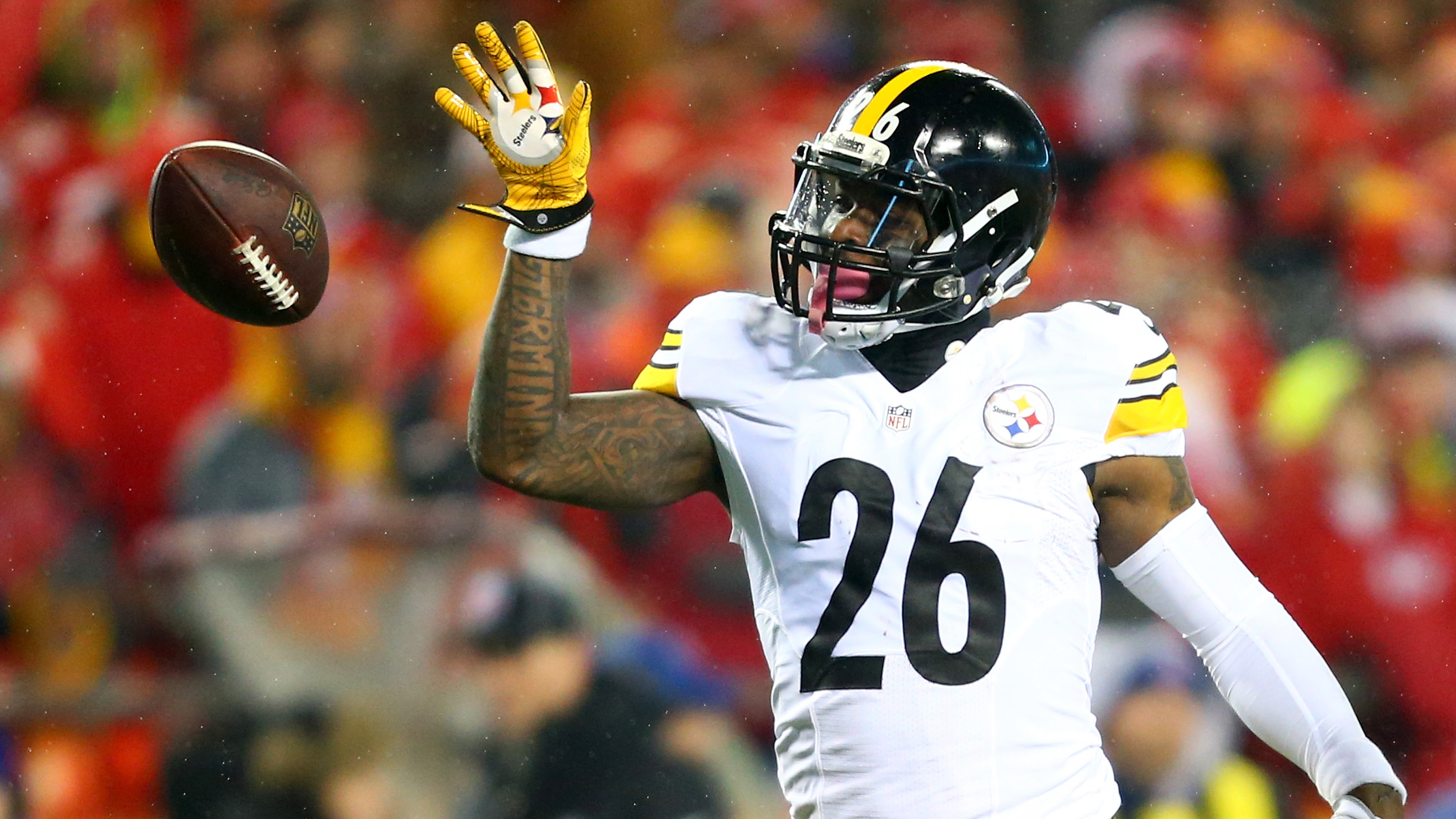 Only Le'Veon Bell can stop Le'Veon Bell  for cheap