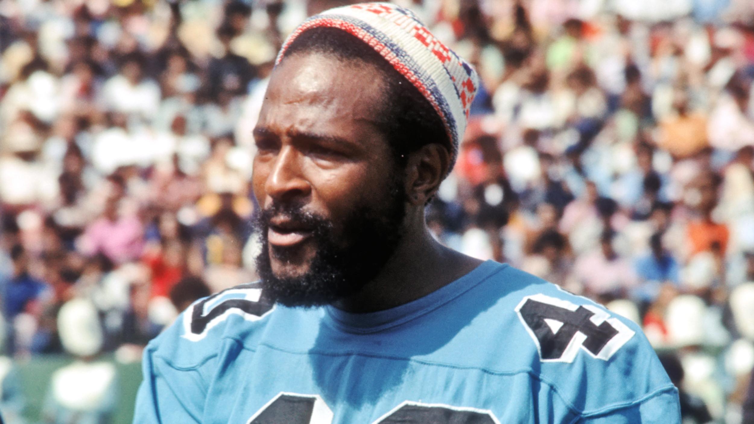 Soul Singer In A Football Uniform