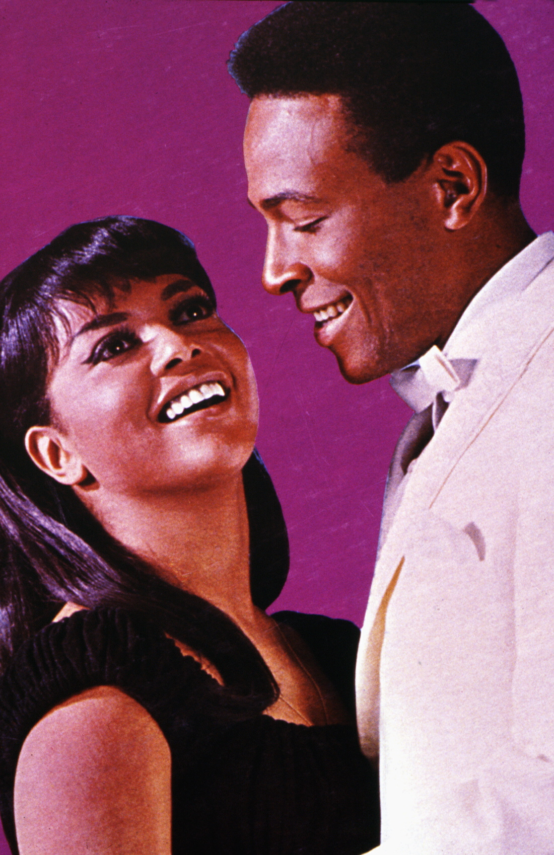 Photo of Marvin GAYE; Marvin Gaye and Tammi Terrell.