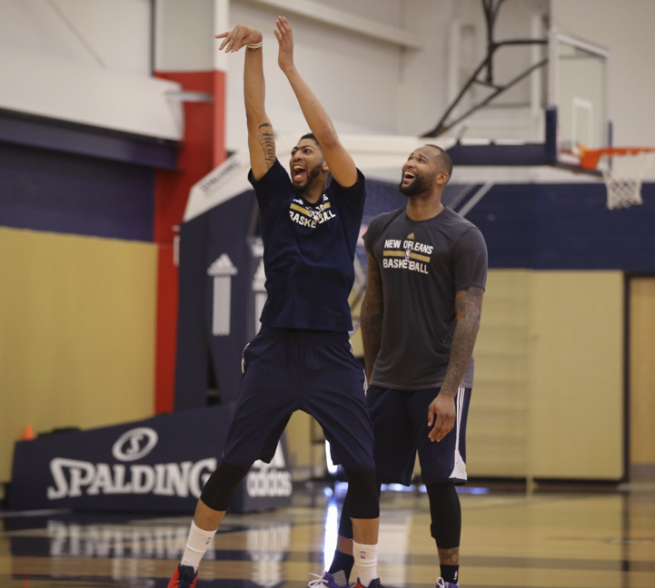 7dcb65821036 DeMarcus Cousins  0 and Anthony Davis  23 of the New Orleans Pelicans work  out