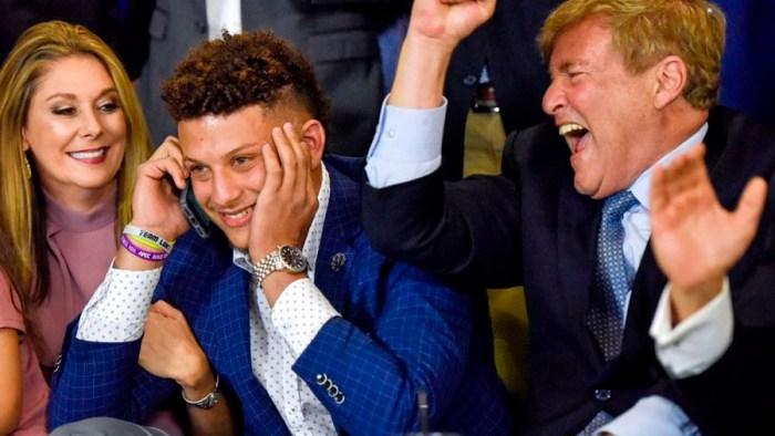 f56668d1e Kansas City Chiefs trade up to draft Texas Tech quarterback Patrick Mahomes
