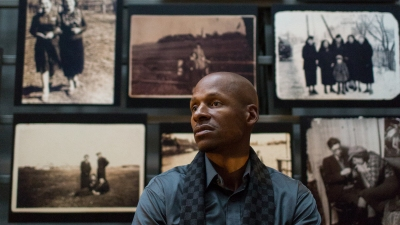 5 January 2017, Ray Allen tours the Museum with his family.  Mr. Allen was recently appointed to the Museum Council