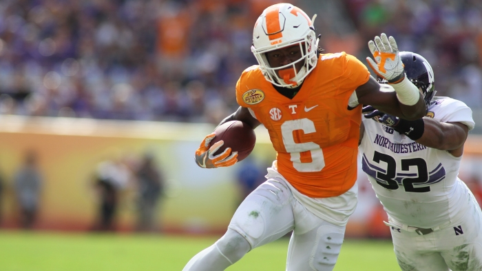 the latest cdd89 65c0c Tennessee's Alvin Kamara takes an unexpected path to NFL draft