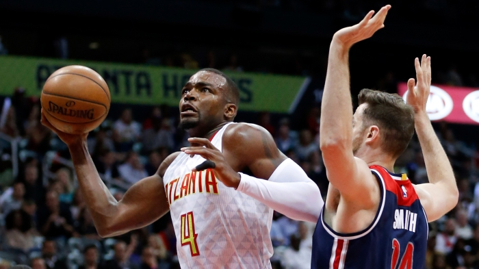 Paul MIllsap,Jason Smith