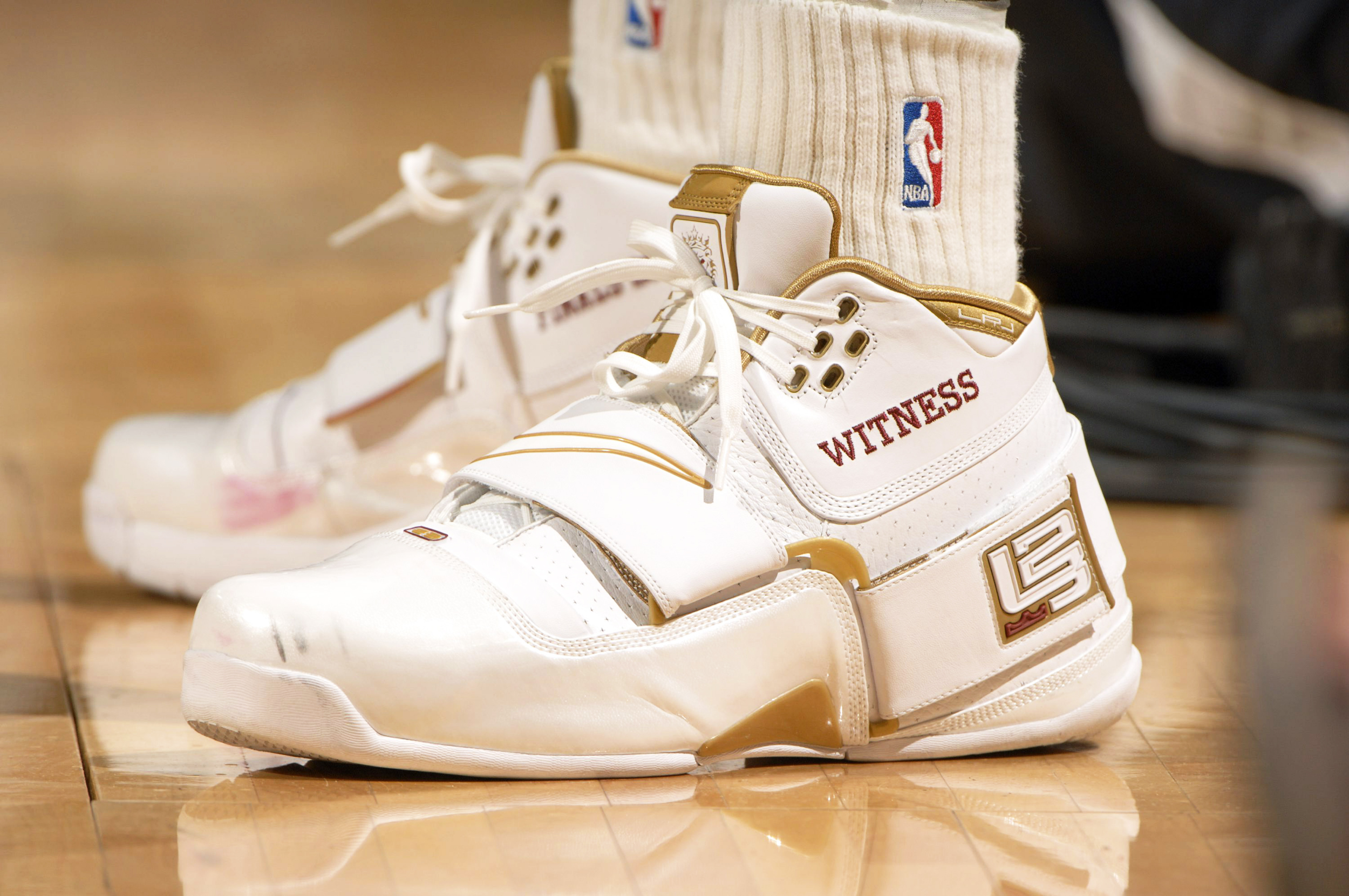 4a63f6de720a The most iconic sneakers from every NBA playoffs since 1997