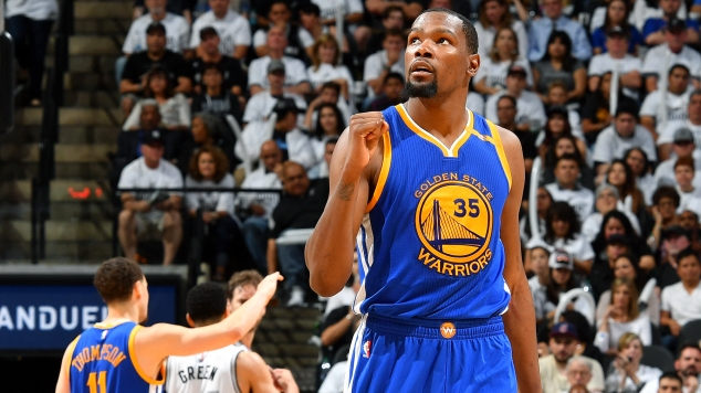 Golden State Warriors v San Antonio Spurs – Game Three