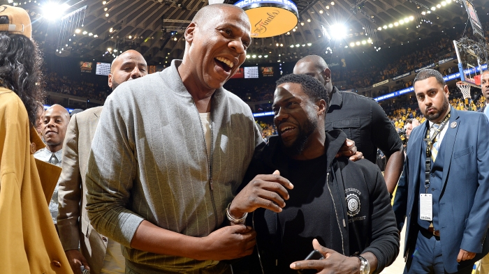 3a2be737c6ba The stars come out to watch Durant