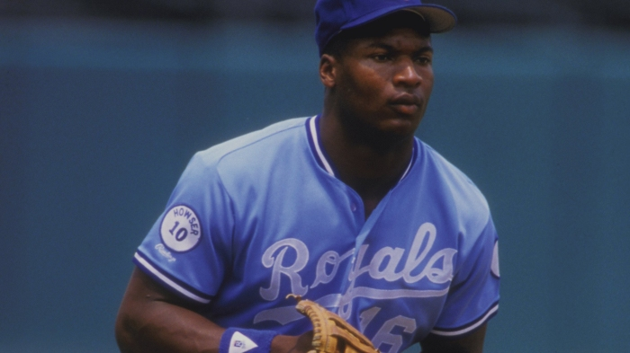 f3fe3c5e694 The day Royals outfielder Bo Jackson scaled the wall after making a catch