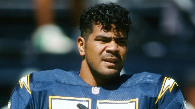 506950924001_Junior_Seau_7640673