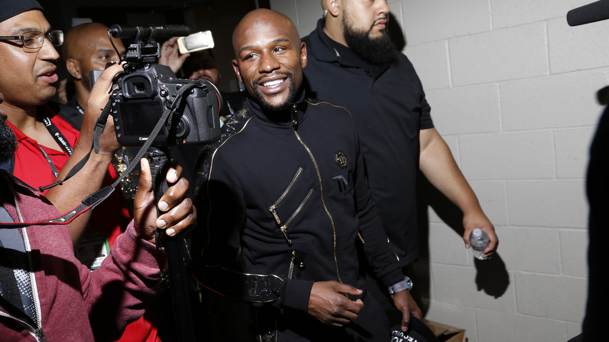 pretty nice d13a6 116e3 Locker Room Talk  Mayweather s real legacy is how he managed his own career  and money
