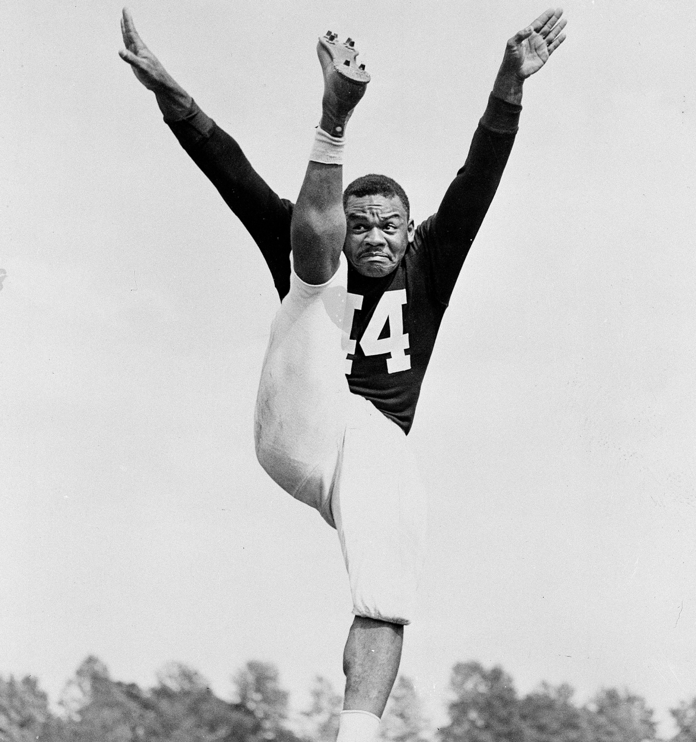 first black nfl player - HD 1400×1492