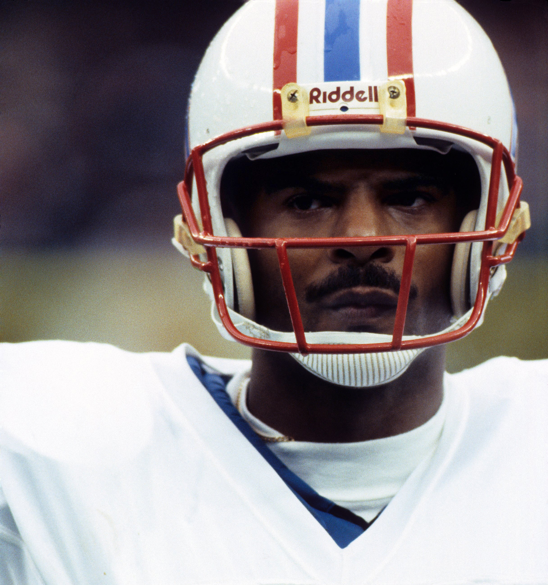 newest 65cd3 55583 Warren Moon dreamed of playing in the NFL, but the NFL didn ...