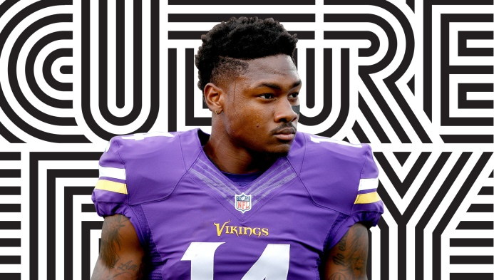 Vikings wide receiver Stefon Diggs — with the famous side part — is back  from injury 8558af075