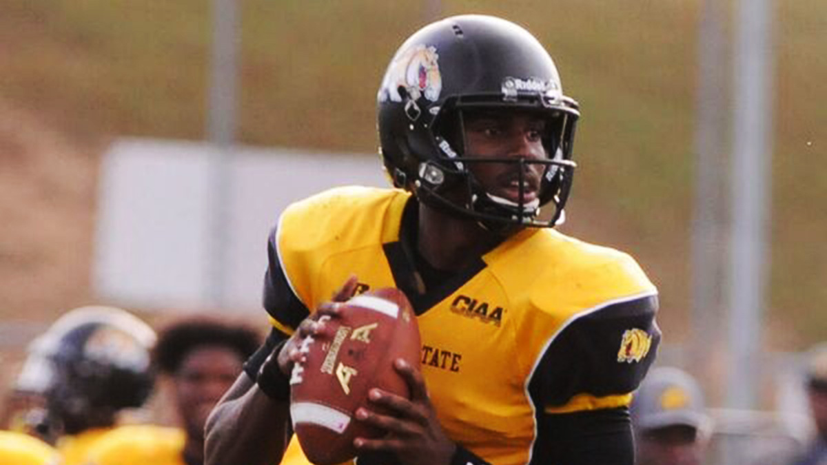 QB Amir Hall drives Bowie State into the Division II playoffs 01186e049