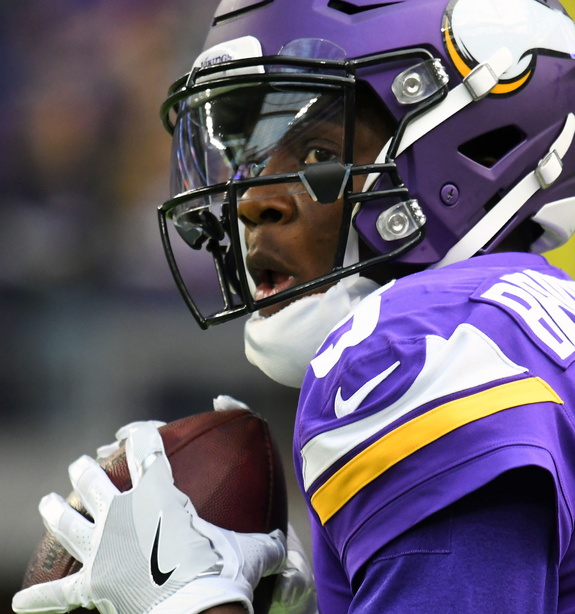 The big question in Minnesota: When will Teddy play?